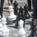Schachfeld hinter dem Rathaus